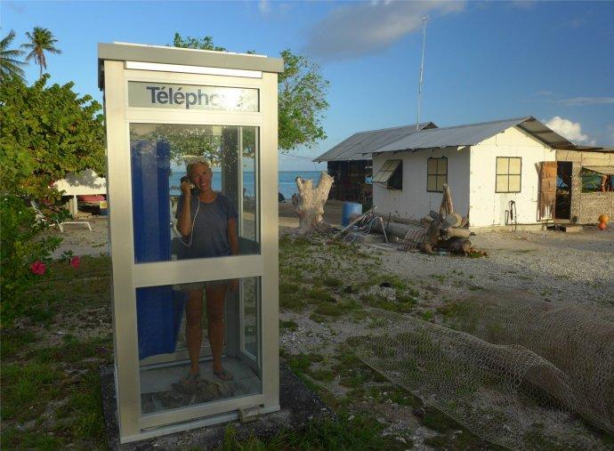 fp toau kein anschluss unter dieser nummer die telefonzelle ist kaputt3249375876376948975..jpg