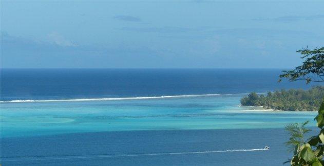 fp bora bora das breite riff trennt ozean und lagune7339767130414189467..jpg