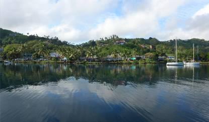 Fiji Blick auf Savusavu Downtown
