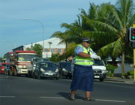 Samoa Apia die Polizei regelt den Verkehr
