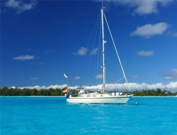 FP Bora Bora das beste an einem Boot ist der Pool drumherum