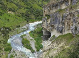 NZ Cave Stream 2