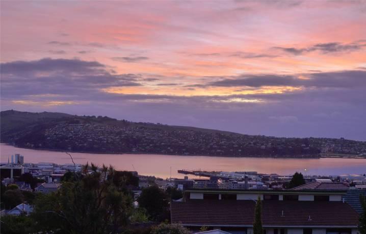 NZ Dunedin Ausblick bei Sonnenaufgang