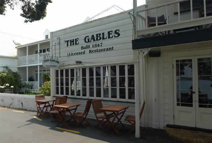 NZ Russel viele Restaurants