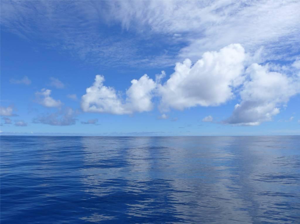 16 Atlantik Wolkenspiel